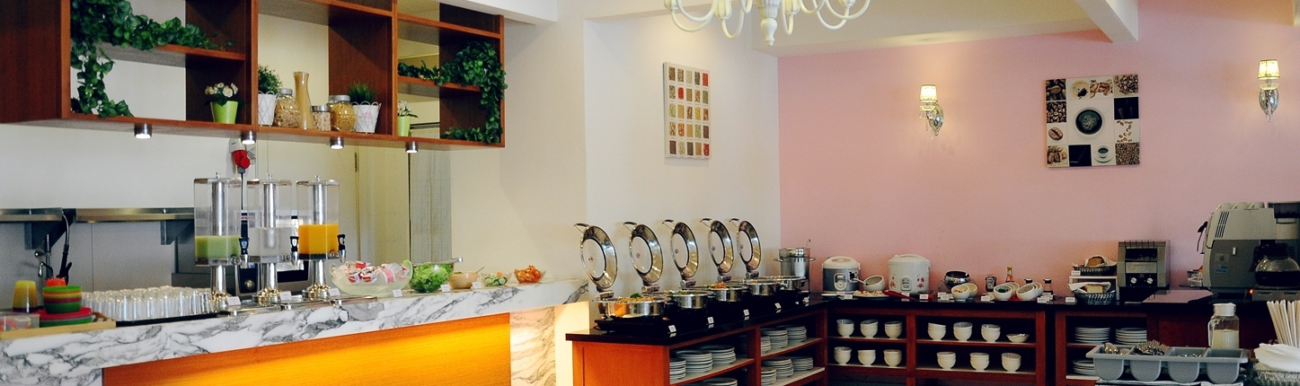 fully equipped kitchen hotels